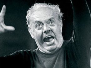Dario Fo, actor, director, dramaturg i home de teatre complet, premi Nobel de Literatura 1997.