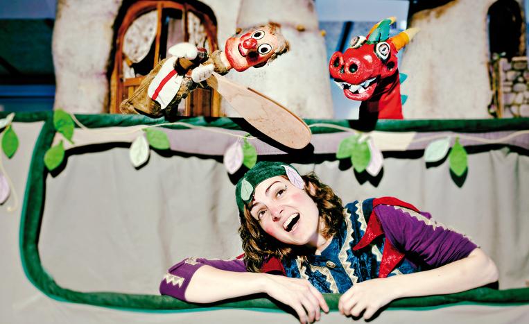 Dragoncio, espectacle de Els Titiriteros de Binéfar (2011), amb la mestra i actriu Mònica Cordomí.