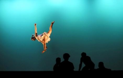 Acrobàcia per a actors i ballarins